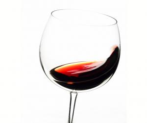 Aeratng wine